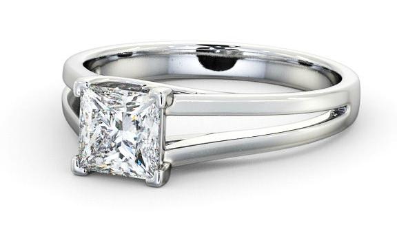 Engagement rings for short fingers